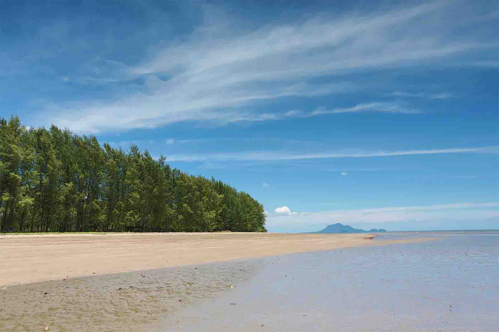for sale - 69 Rai Beach Land for Sale next to Five-star Development - Had Yao (Krabi Long Beach), Krabi